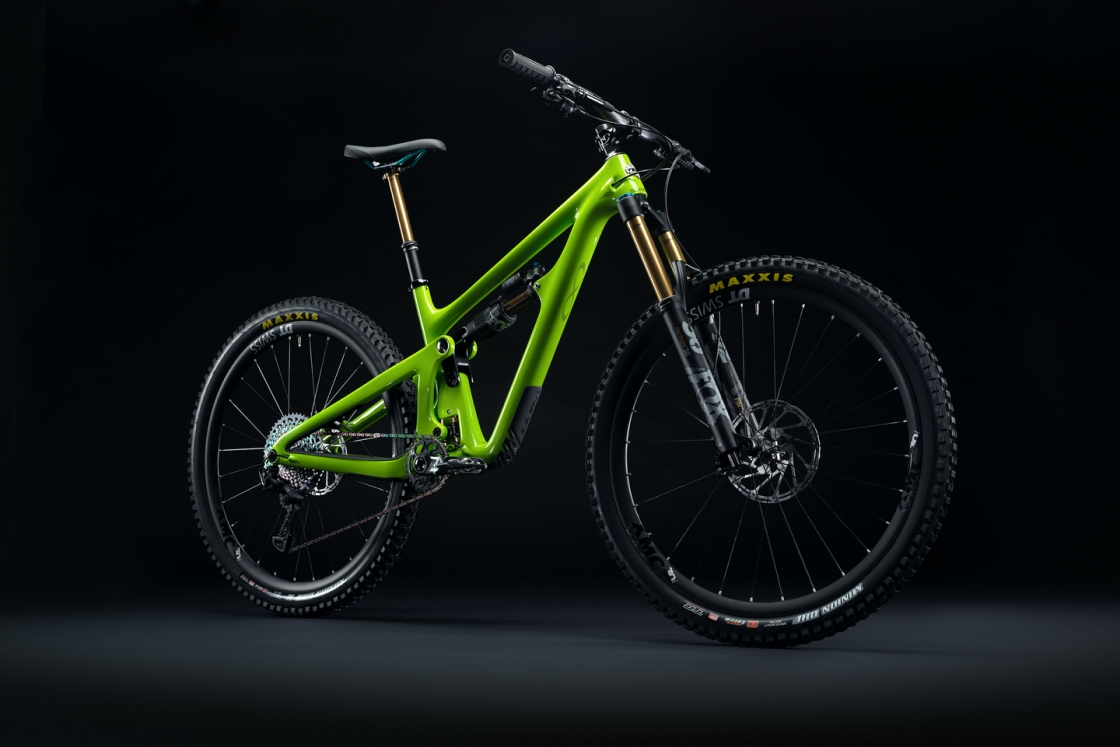 2020_YetiCycles_SB150_Dark_Complete_Verde_HR